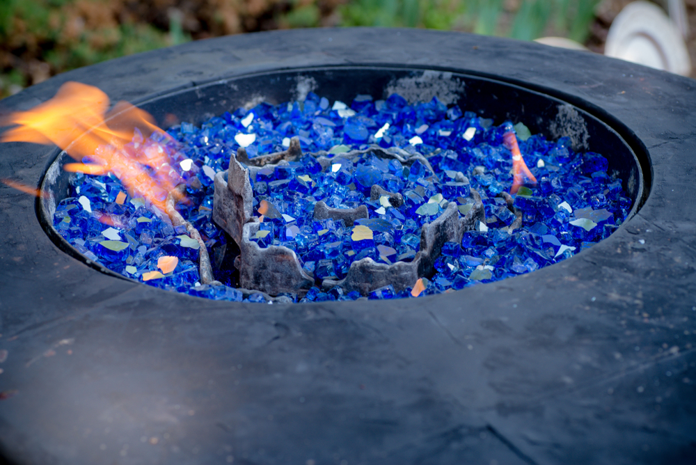 How To Choose Between a Propane or Natural Gas Fire Pit